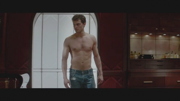 jamie dornan shirtless bulge in jeans fifty shades of grey 2015
