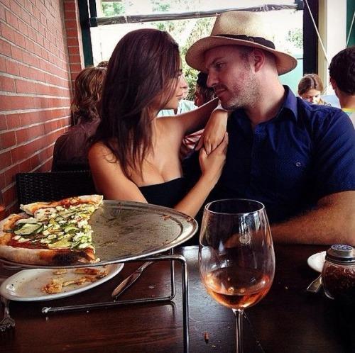 emily ratajkowski married jeff magid gone girl images
