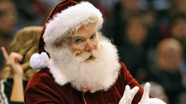 philadelphia eagles fans boo santa claus