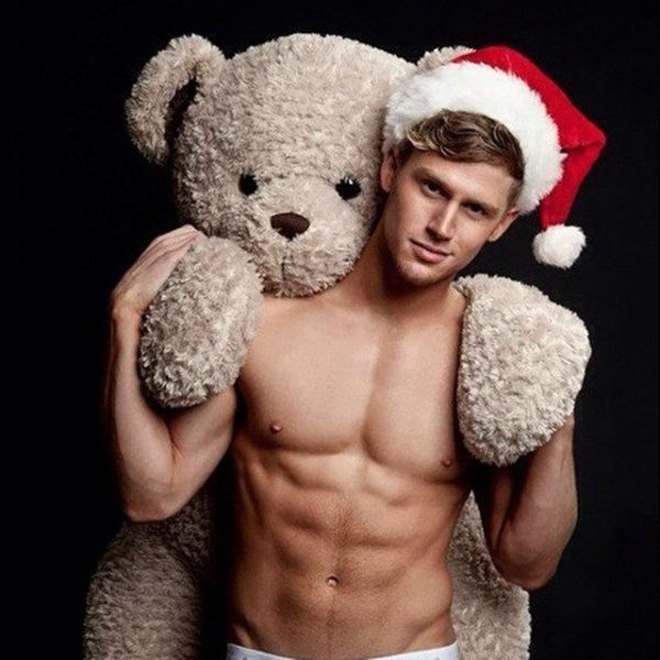 sexy santa jared let shirtless men images 2014 640x640-016