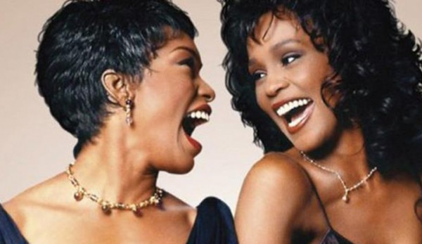angela basset troubled by whitney houston movie 2015 images
