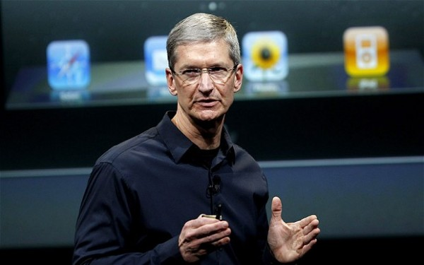 apple tim cook losing edge on tech industry 2015