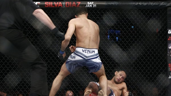 dan henderson knocks out gegard mousasi ufc fight night stockholm 2015