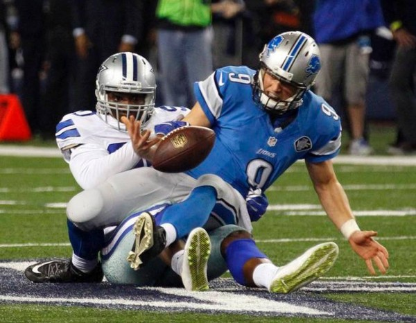 demarcus lawrence strips matthew stafford bulge nfl 2015 wild card images