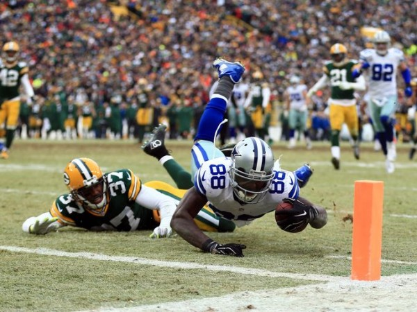 dez bryant fumbles cowboy against green bay 2015 nfl images