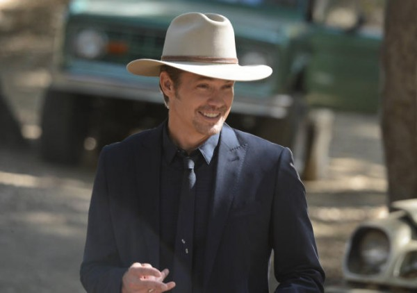 justified timothy olyphant raylan season 6 images 2015