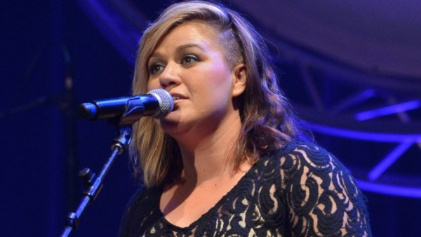 kelly clarkson celebrities who lost their looks 2015