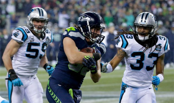 luke wilson working balls for seahawks 2015 nfl divisons