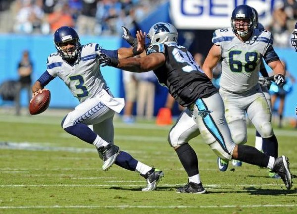 russell wilson seahawks vs carolina panthers bulge nfl 2015 imagesw