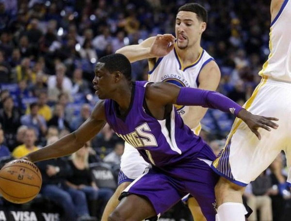 warriors vs sacramento kings klay thompson licking nba 2015 images