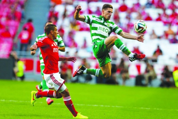 Benfica vs Sporting premier league soccer 2015 images