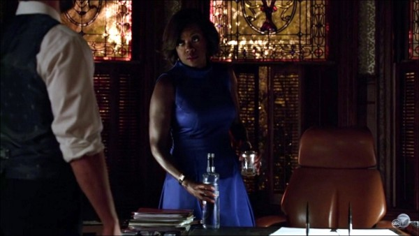 annalise drinking with hot fixer how to get away with murder 2015 iamges