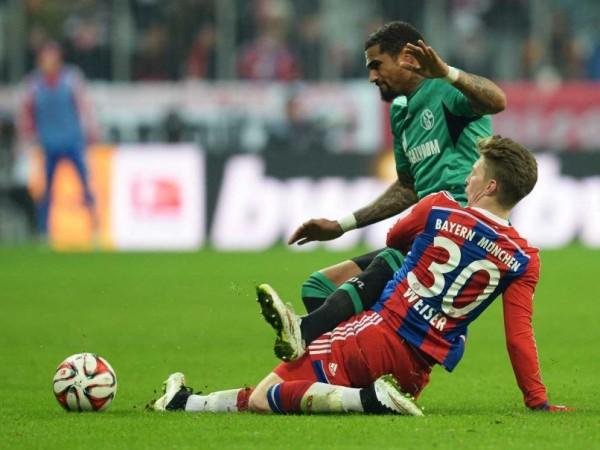 bayern munich vs wolfsburg soccer 2015 images