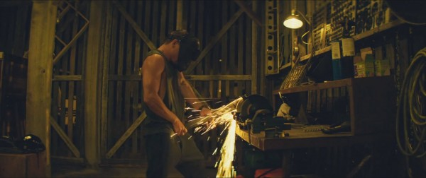 channing tatum working pole sparking for magic mike xxl 2015