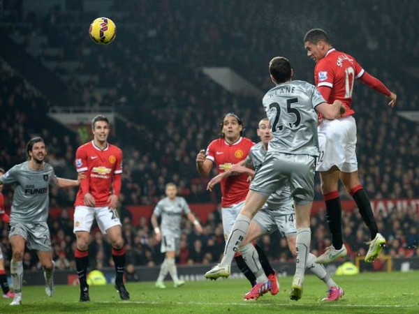 chris smalling scores for manchester united soccer 2015 images