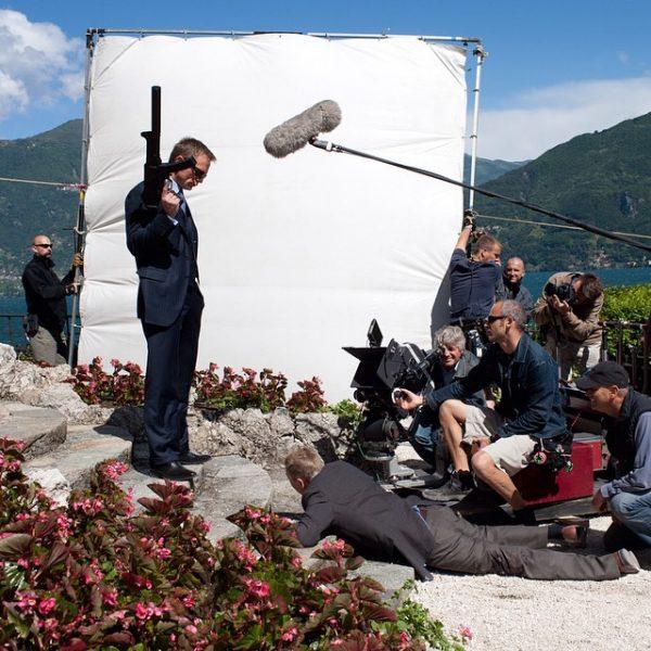 daniel craig shooting mr white in spectre james bond movie 2015