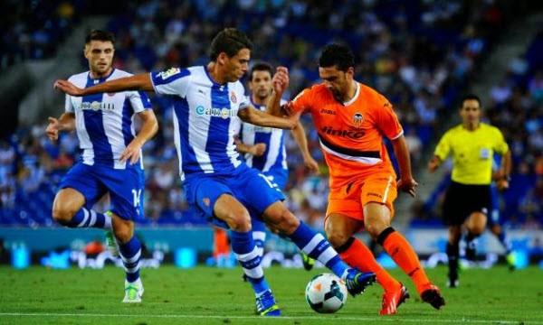 espanyol losts to valencia la liga soccer 2015 images