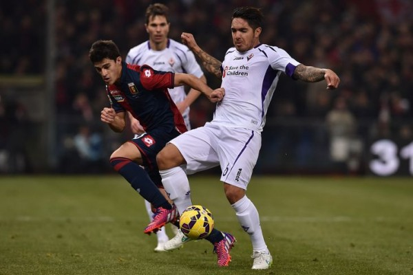 fiorentina draws with genoa serie a soccer 2015 images