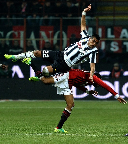 juventus vs milan premiere league soccer 2015 images
