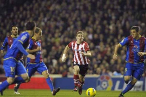 levante beat athletic bilbao la liga 2015