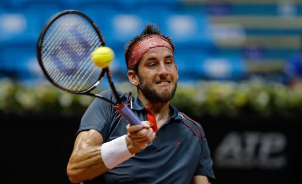 luca vanni slamming balls to pablo cuevas head for brasil open 2015