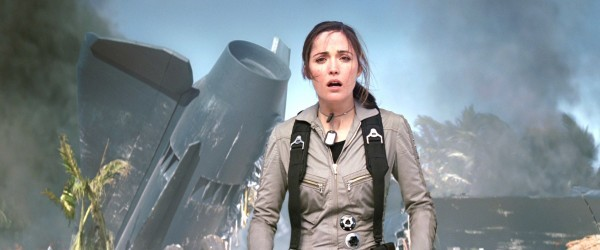 rose byrne back for bryan singers x men apolocalypse movie 2015