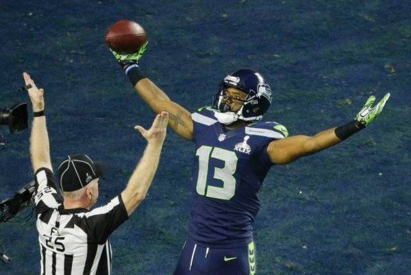 seattle seahawks wide arms with ref super bowl xlix 2015