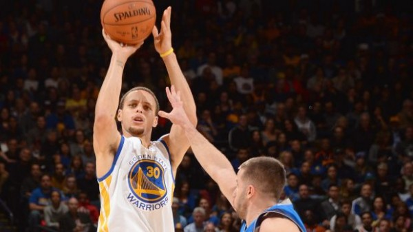 NBA Weekly Recap: Steph Curry Shows Mavericks His Warriors Side