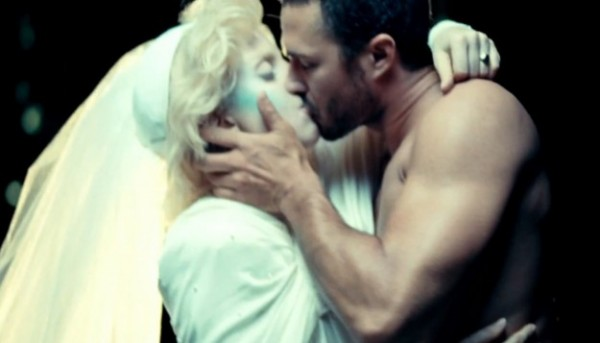 taylor kinney married to lady gaga 2015 iamges