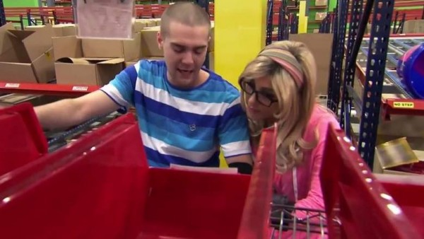 undercover boss tyler with jessica herrin looking at her red box 2015 images