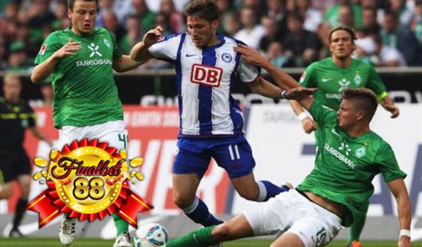 werder bremen vs berline german soccer 2015 images