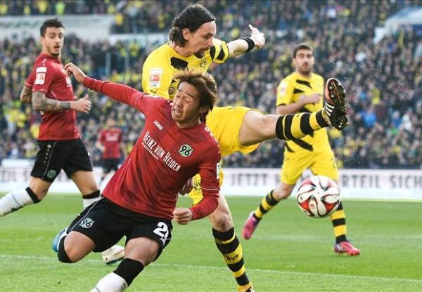 Borussia Dortmund beats hannover soccer 2015