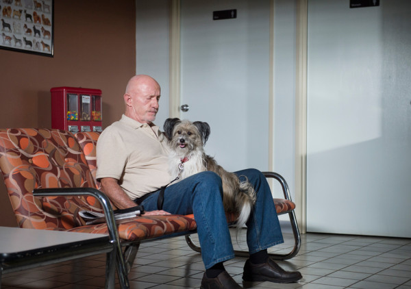 Mike Ehrmantraut with cute dog in better call saul rico 2015 images