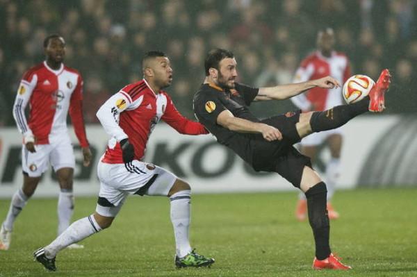 Torosidis scores for roma draw serie a soccer 2015