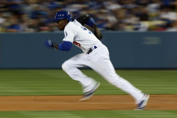 dee gordon stealing bases most underrated baseball players national league 2015