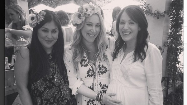 hilary duff throws haylie baby shower 2015 gossip