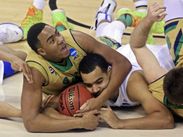 notre dame fighting for kentuckys balls march madness 2015