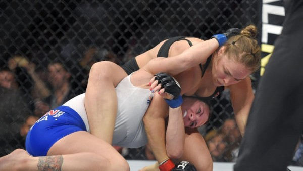 ronda rousey makes history ufc 184 with cat zingano