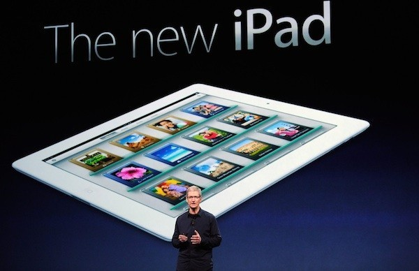 tim cook brings on ipad maxi or maxipad 2015