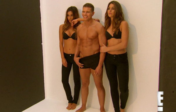 tj works underwear ad bulge on total divas 2015