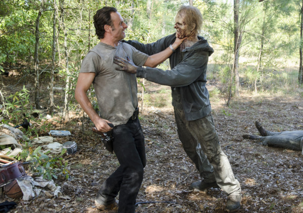 walking dead rick andrew lincoln bulge shaved for zombie kill 2015