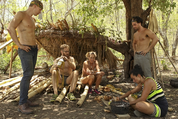 white collar tribe cant make fire in survivor worlds apart 2015
