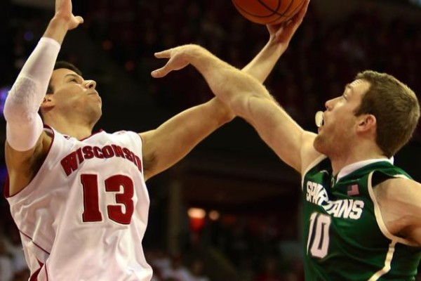 wisconsin beats michigan state ncaa 2015