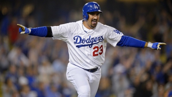 adrian gonzalez hot for dogers national league tops 2015