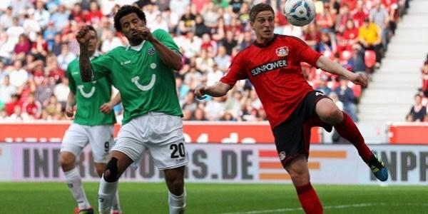 bayer leverkusen beats hannover soccer 2015
