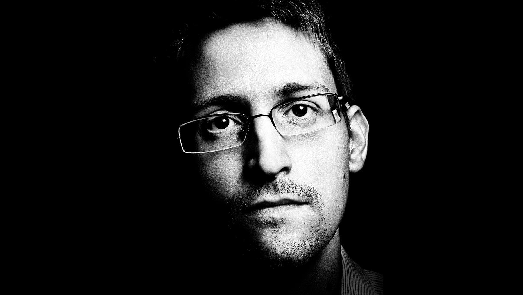 Forgetting Edward Snowden - Movie TV Tech Geeks News