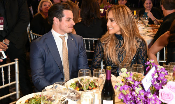 jennifer lopez eating out casper smart for 2015 gossip