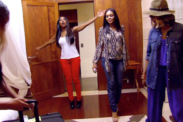 kenya moore loving room on real housewives of atlanta 2015