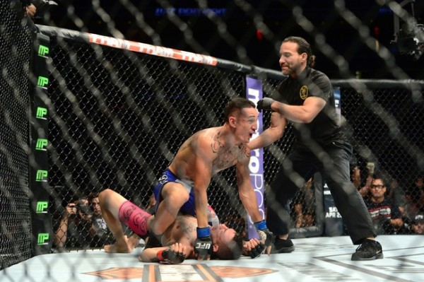 max holloway takes out cub swanson ufc fight night 2015