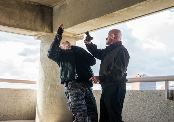 mike knocks out sobchak in better call saul 109